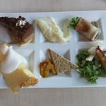 ザ・テラス - グラタン、チョコレートケーキ、シフォンケーキ等