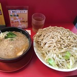 小十郎 - つけ麺:特盛、野菜、油マシ