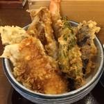 蕎膳 楽 - 【2016.8.22】具沢山な天丼。