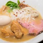 國分ラーメン食堂 - 料理写真:2016.8 鶏そば 塩(750円)+特製(250円)