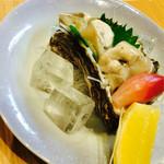 はす家 - 岩牡蠣