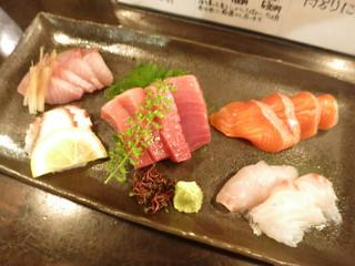 かんだ光壽 - 本日の刺身 5点盛り ブリ 鮪 サーモン 鯛 蛸