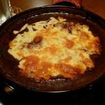 3丁目のカレー屋さん  - 焼きチーズビーフカレー大盛り:チーズタップリ
