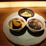 茶茶花 - おばんざい3種盛り(1296円)