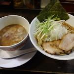 天破 - 天破つけ麺400g 830円(税込)