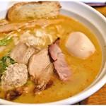 はりけんラーメン - 鶏そば 塩+特製トッピング 750+250円 洋風テイストな鶏の旨味がたまりませぬ。