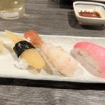 呑み喰い処 居酒屋 花の木 - 宴会の寿司