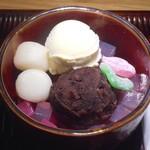 鬼太鼓工房 - 料理写真:あんみつ・バニラアイストッピング