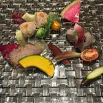 ペスカ - 魚介のカルパッチョ。魚の質はなかなかのものでしたよ(^ ^)
