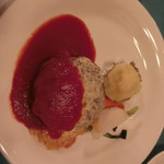 モンシャーレ - チーズハンバーグ。パサパサでイマイチでした( ̄▽ ̄;)