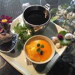 ラ・ナチュール - 料理写真:ヨーグルト風味のマンゴーソースプリン