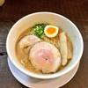 ラーメン家 みつ葉 - 料理写真:豚骨醤油ラーメン