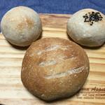 自家培養醗酵種パン 侭 - mickeyのように並べてみた…♡