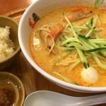 シンガポール海南鶏飯 - ラクサ