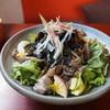 カフェコマチ - 料理写真:鶏とキノコのサラダ丼