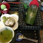 葉乃國カフェ - ほうじ茶のパウンドケーキセット