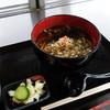 茶屋っこ - 料理写真:かけそば(十割手打ちそば\530税込み)岩瀬張蕎麦