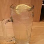 鴨川港 魚魚組 - レモンサワー