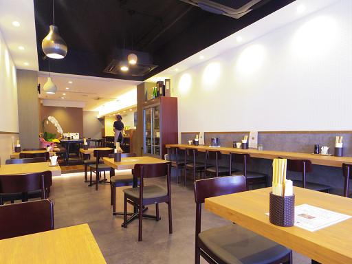 https://tabelog.ssl.k-img.com/restaurant/images/Rvw/55569/55569895.jpg