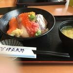 55589046 - 海鮮丼