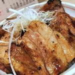 十勝豚丼 いっぴん - 豚ざんまい(タレ少なめ)