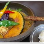 55653743 - 豚の角煮と野菜