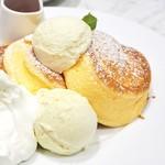 55664964 - '16.08幸せのパンケーキ+アイス+ホイップ