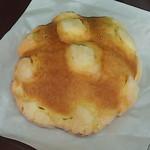 メロンデメロン - プレーンメロンパン190円(税込) ※写真は化けてます