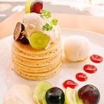 パンケーキママカフェ VoiVoi - たなか農園の葡萄パンケーキ