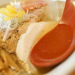 麺や 亀陣 - スープ