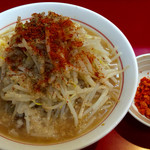 千里眼 - ラーメン麺半分アブラちょっとのニンニク カラアゲ別皿で 730円