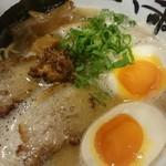 心ゝ和 - 料理写真:とんこつラーメン+味玉♪