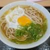 都そば  - 料理写真:月見そば(320円)