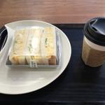 MIYABI cafe & boulangerie - たまご好きのたっぷりタマゴサンド