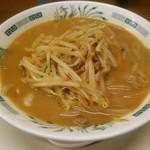 日高屋 - 料理写真:味噌ラーメン(\500)