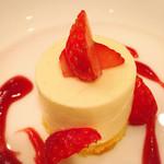 トラットリア キッコ - 料理写真:リコッタチーズのムース