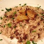 トラットリア キッコ - 料理写真:鶏ハツの赤ワインリゾット 鶏のトサカのせ