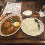 心 - シーフードカレー(1100円)