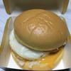 マクドナルド - 料理写真:満月チーズ月見バーガーです