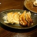 中華料理 忠実堂 - 焼き餃子:480円