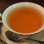 メアリルボーン - 紅茶は、ブランデーティーがあったので、 珍しいなと思って頼んでみました。 ブランデーのとてもいい香りがして美味しい~