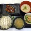 吉野家 - 料理写真:麦とろ鰻皿御膳、880円です。