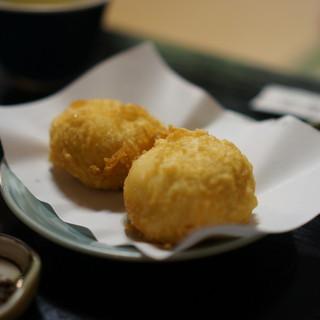 竹むら - 料理写真:揚げまんじゅう