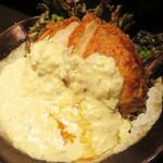 鶏焼 冠尾  - 鶏南蛮。胸肉はミディアムレア位の火の通りで、肉汁を閉じ込めたまま、しっとりジューシー。
