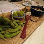 蕎麦とわいん 関 - 料理写真:蕎麦屋のおつまみ盛り合わせ(2016年9月)