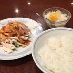 中国料理 慶福楼 - 最初これが運ばれてきて焦るwww