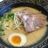 ひできよラーメン - 料理写真:トンコツ 白