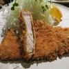 割烹 とんかつ松村 - 料理写真:とんかつ定食800円。今回は塩をかけていただきました。