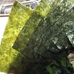 らーめんR - 海苔増しは5枚100円。