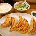 中華トントン - ジャンボびっくり餃子セット